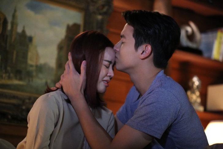 มอบให้เพียงเธอ จูบแรกของเจ้าตัวที่จำเป็นต้องใช้ในการแสดง